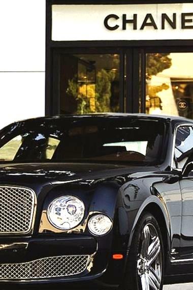 Bentley Mulsanne Outside of a Chanel Store