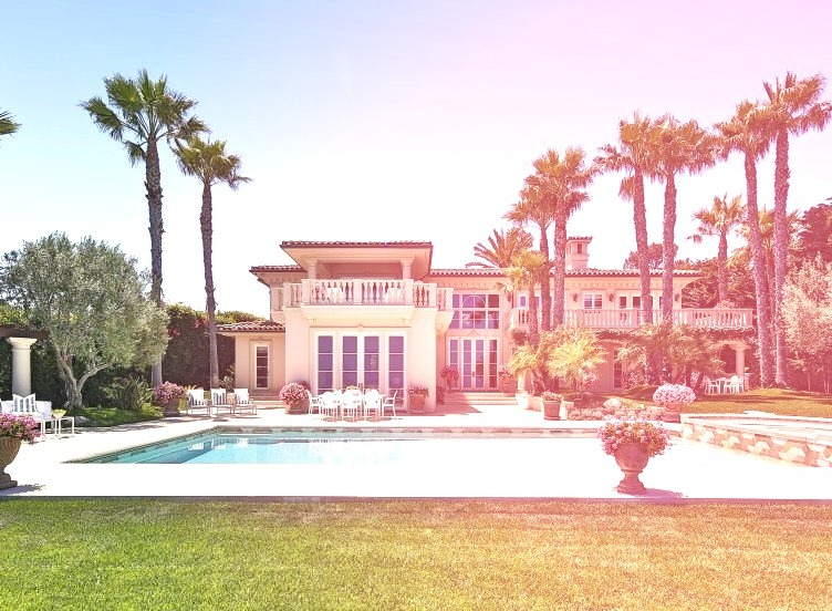 Cali Mansion With Pool In Front